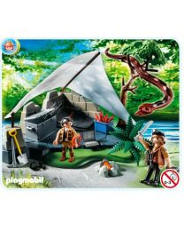 Treasure Hunter´s Camp with Giant Snake